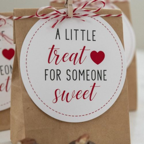 A LITTLE TREAT FOR SOMEONE SWEET: PRINTABLE VALENTINE'S DAY GIFT TAGS
